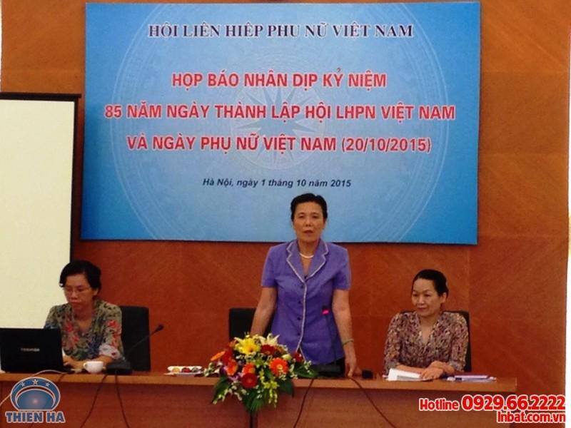 in-bang-ron-khau-hieu-chao-mung-20-10-2016-gia-re-uy-tin-chat-luong-01